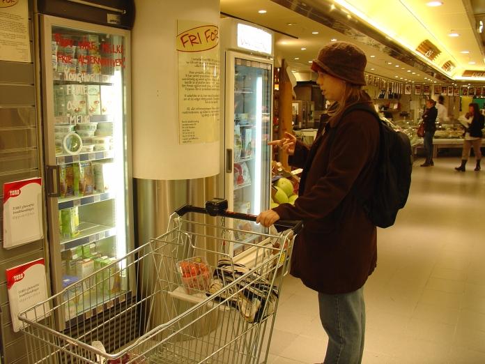 Norway_01.15_CarolynGroceryStore